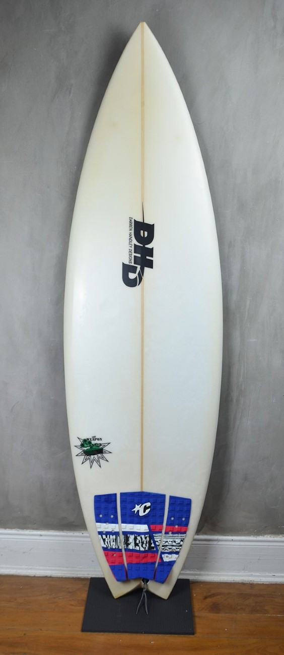 "Prancha de Surf DHD The Weapon 5'10"" seminova"