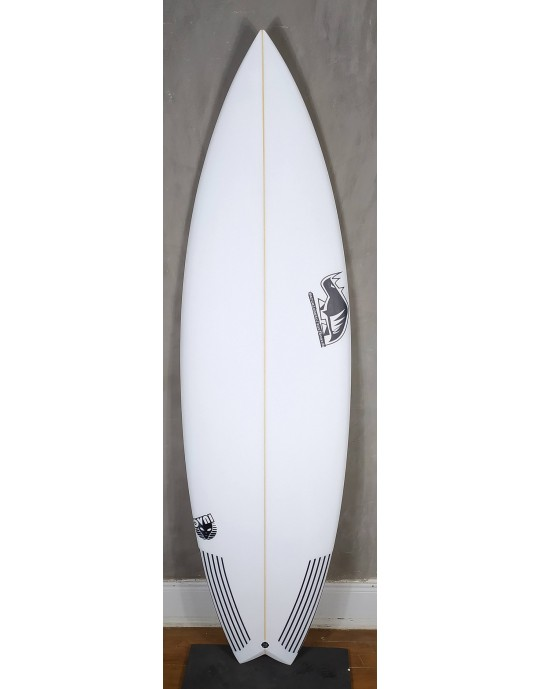 "Prancha de Surf Marcelo Neto 5'11"" Ovni"