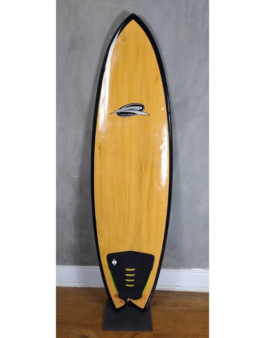 "Prancha de Surf Fish 5'10"" Rip Wave Madeira Seminova"