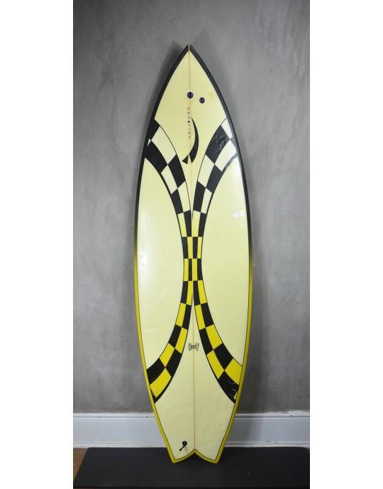 "Prancha de Surf Fish Aerofish 5'8"" Seminova"