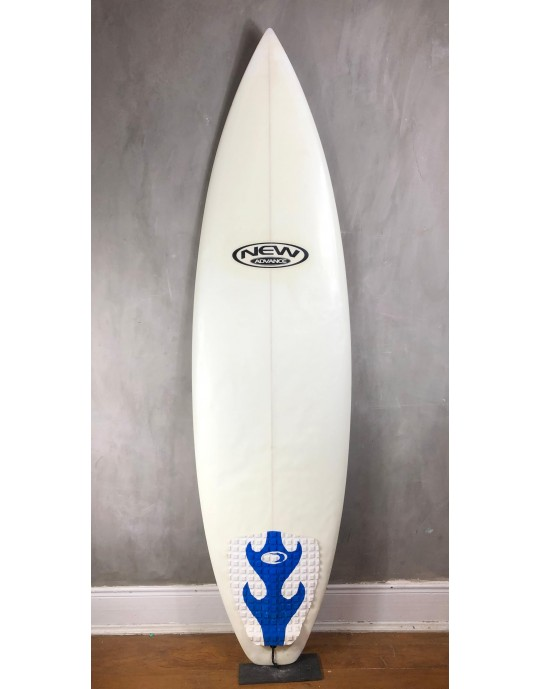 "Prancha de Surf New Advance 6'2"" EPS + Epoxi Seminova"