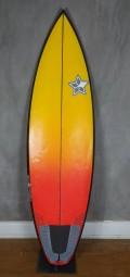 Prancha de Surf 5'11 Reaction Vermelha Seminova