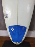 """Prancha de Surf Hennek 5'10"""" Egg Style Seminova"""